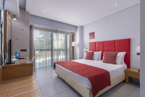 Habitat Hotel 105 Deluxe Red Room View 01